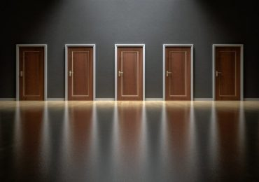 FASHION-PASSION-&-DECISION-MAKING