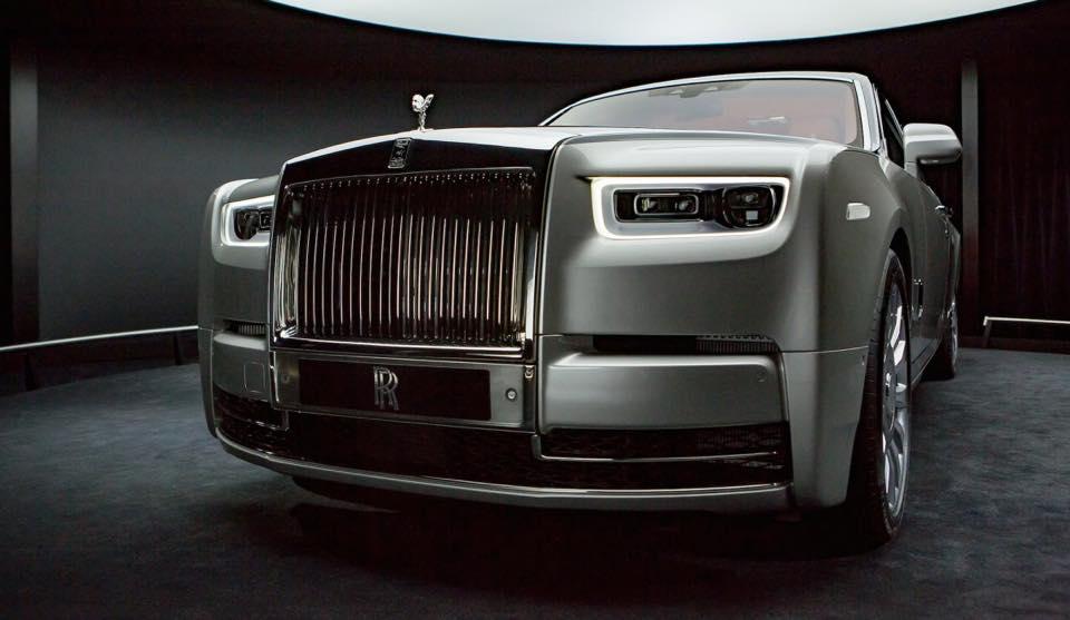 2018-Rolls-Royce-Phantom